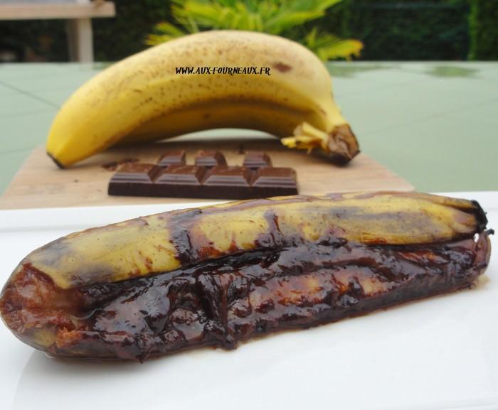 banane au chocolat au barbecue recette aux fourneaux. Black Bedroom Furniture Sets. Home Design Ideas
