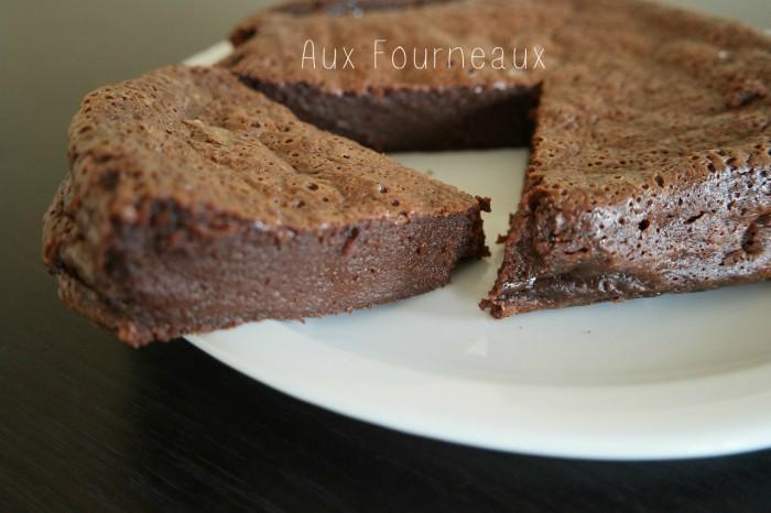 G teau au chocolat fondant caramel beurre sal aux fourneaux - Gateau chocolat beurre sale ...