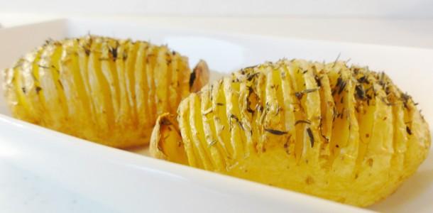 Pommes de terre r ties au thym aux fourneaux - Accompagnement barbecue pomme terre ...