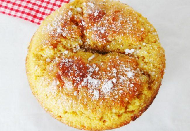 Gâteau savoureux à l'huile d'olive et citron