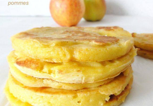 Pancakes avec des pommes