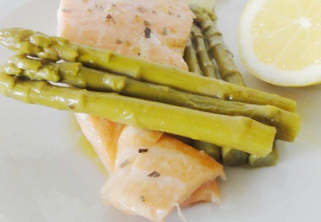 Marinade de saumon aux asperges vertes