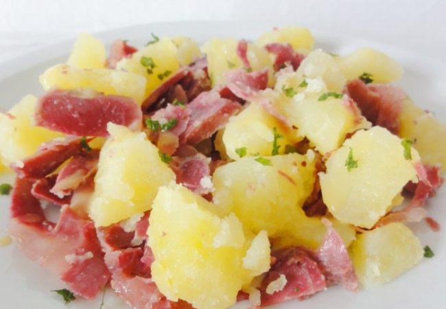 Salade tiède de pommes de terre gésiers