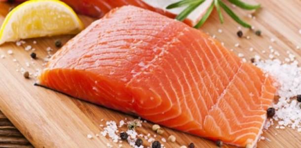 Que servir pour accompagner le saumon id es recettes - Cuisiner darne de saumon ...