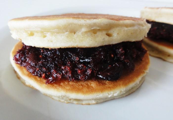 Dorayaki pancakes japonais
