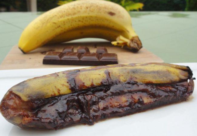 Banane au chocolat au barbecue