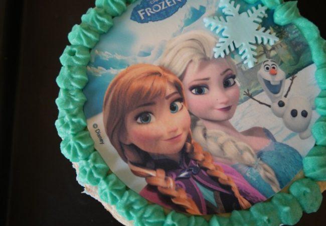 Gâteau Reine des Neiges Frozen facile