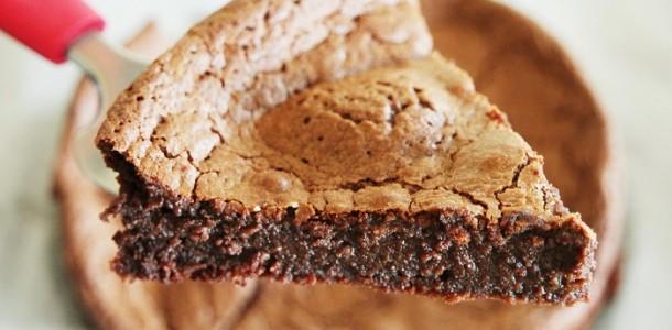 Gâteau Au Chocolat Super Moelleux Aux Fourneaux