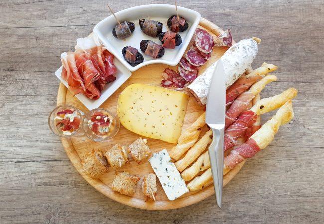 4 idées apéro pour un plateau charcuterie/fromage