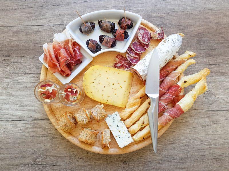 4 idée apéro plateau charcuterie fromage