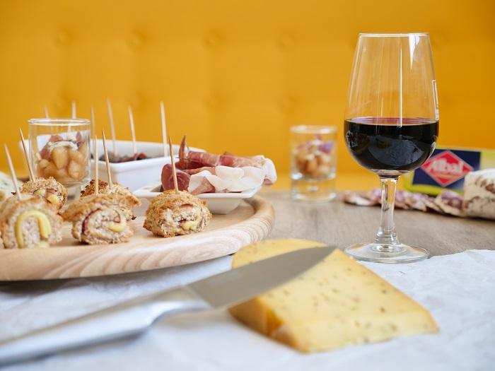 4 idées apéro pour un plateau charcuterie fromage
