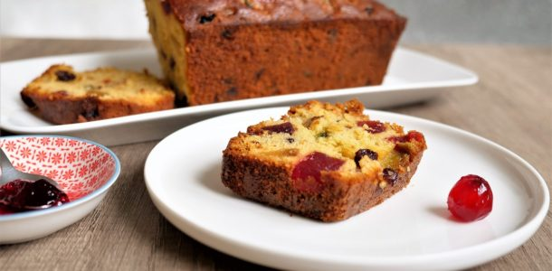 delicieux cake aux fruits confits de Pierre herme