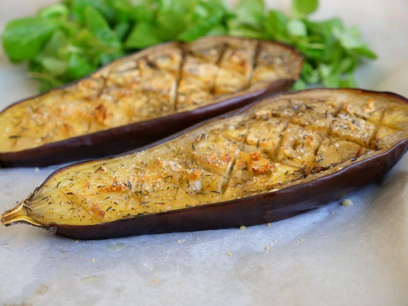 Aubergine toute simple grillée au four