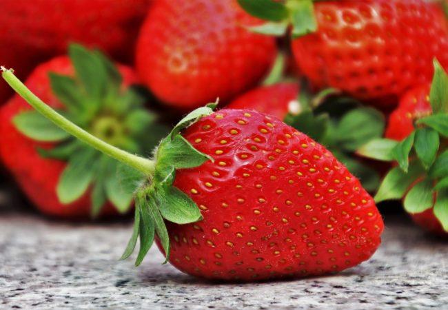 10 recettes inratables à faire avec des fraises