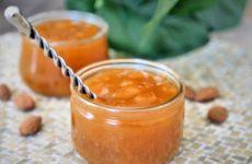 Compote mirabelles-miel-cannelle