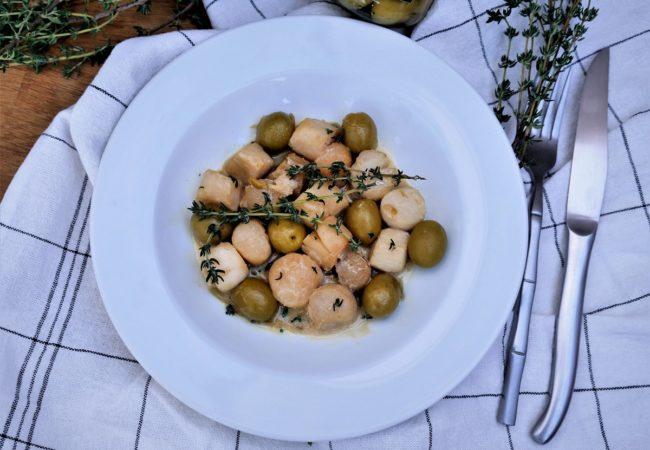 Poêlée de Saint Jacques aux olives vertes