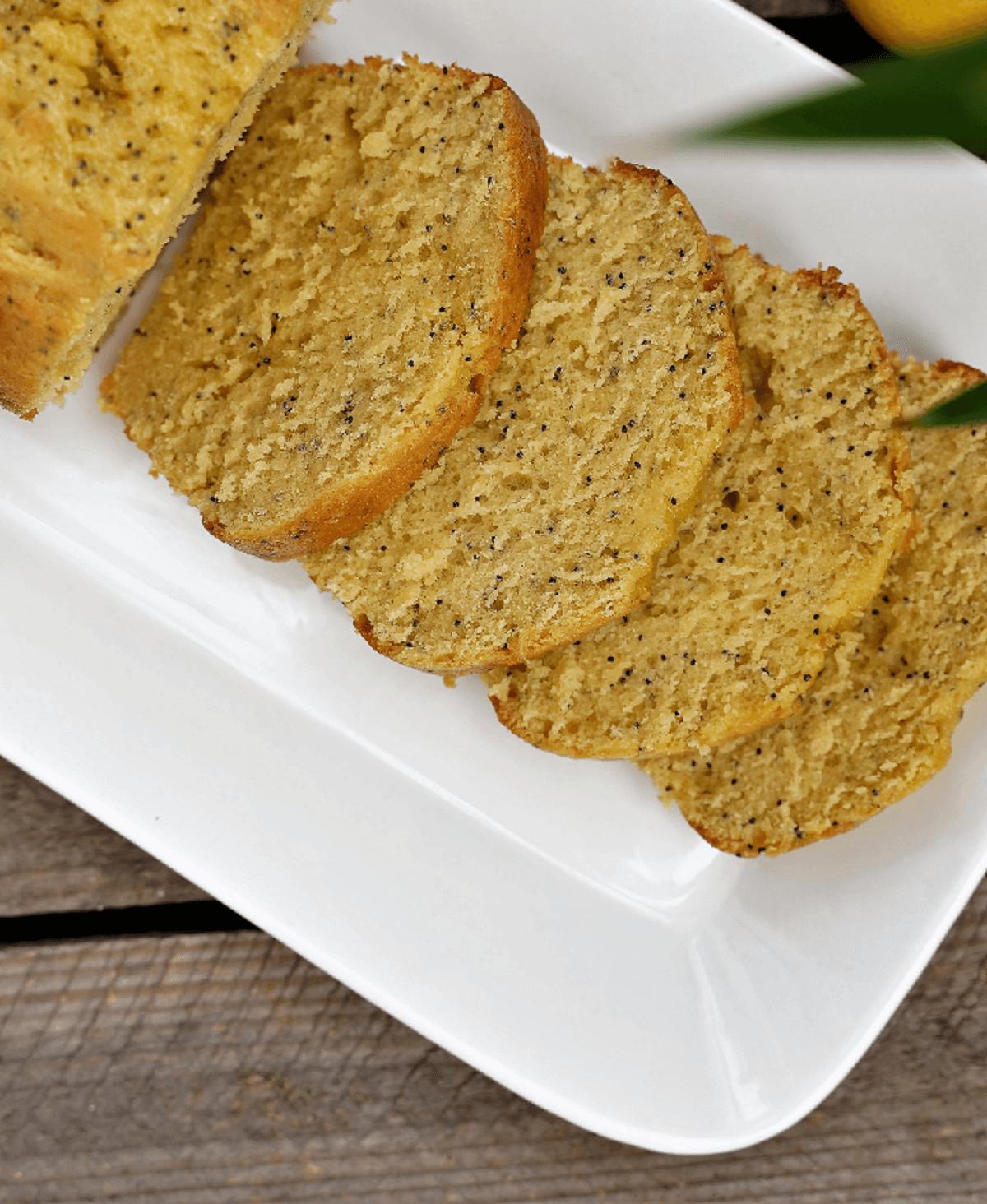 cake inratable au citron pavot