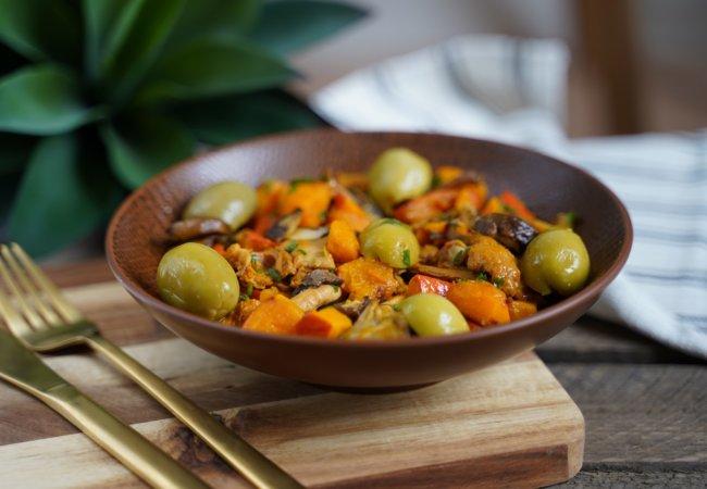 Poêlée de potiron sauté aux girolles et olives d'Espagne