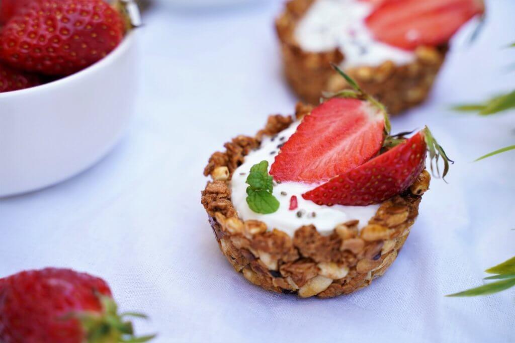 Tartelettes granola fraises chantilly