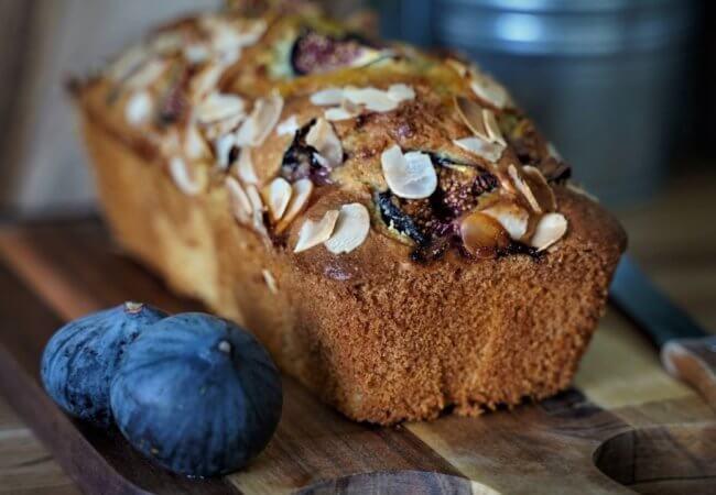 Cake moelleux aux figues fraiches