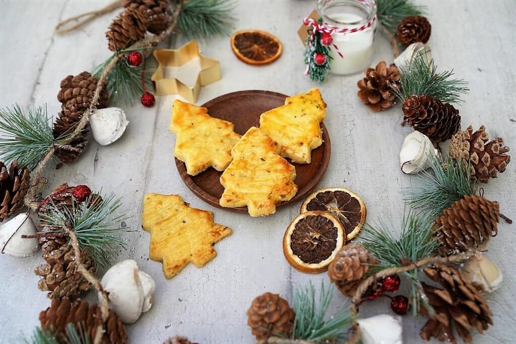 Biscuits apéritifs de Noël au fromage