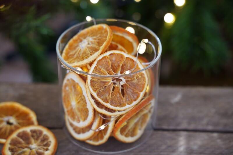 Tranches d'oranges séchées au four