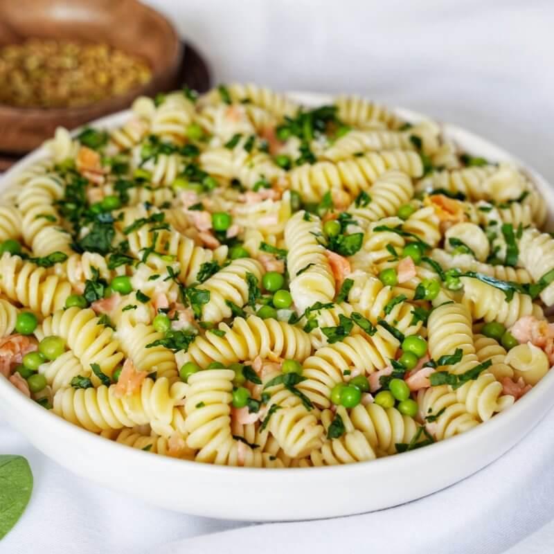 Pates-sauce-parmesan-et-truite-fumee